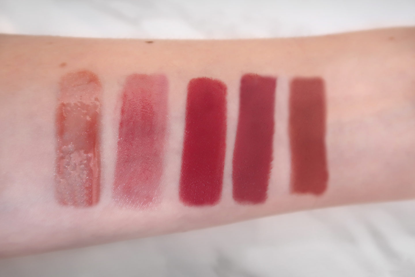 Arm, Lippenstifte, Swatches, Lippen